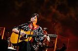 19年ぶりのワンマンライブで珍しいギター演奏を披露した原由子