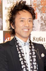 舞台『広島に原爆を落とす日』の制作発表に出席した筧利夫