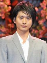 映画『ハナミズキ』の完成披露舞台あいさつに出席した向井理 (C)ORICON DD inc.