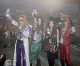 『お台場合衆国 2010 開国前夜祭』で初ライブを行ったロックバンド・FANTA(写真左から)Takamiy、Friedman、Nana、Akebono、Ayanocozey、
