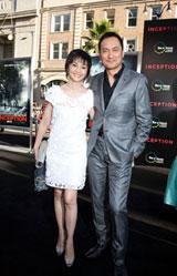 映画『インセプション』のLAプレミアに参加した渡辺謙・南果歩夫妻