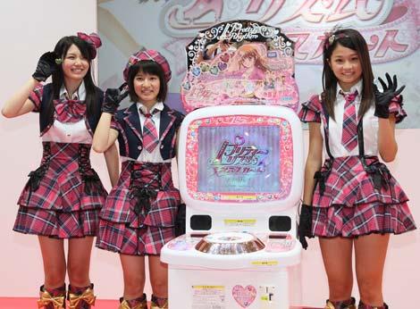 初の単独イベントを行ったAKB48研究生発アイドルユニット・ミニスカート(写真左から)森杏奈、竹内美宥、島田晴香