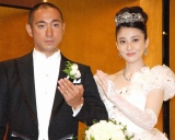 結婚披露宴後に会見を行った市川海老蔵&小林麻央夫妻 (C)ORICON DD inc.