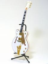 """""""世界一美しいギター""""の呼び声が高い「ホワイトファルコン」の「II」"""