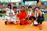 (左より)AKB48・宮澤佐江、宮崎美穂、ラルフ鈴木アナ、しずるの池田一真、村上純(C)ORICON DD inc.