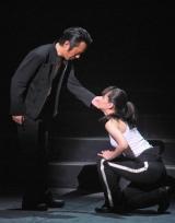 舞台『広島に原爆を落とす日』の公開稽古を行った(左から)筧利夫と仲間リサ (C)ORICON DD inc.