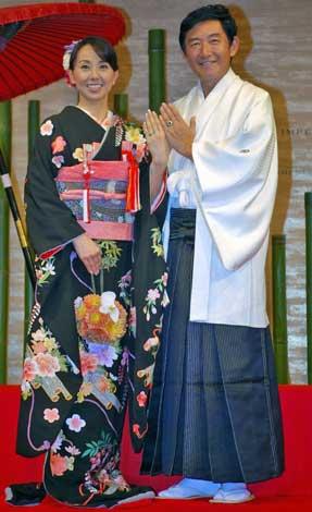 サムネイル 結婚披露宴前に会見を開いた東尾理子と石田純一 (C)ORICON DD inc.