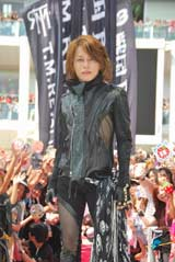 T.M.Revolution (C)ORICON DD inc.