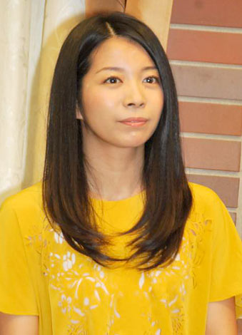 舞台『さくら色 オカンの嫁入り』の制作発表会見に出席した三倉佳奈 (C)ORICON DD inc.