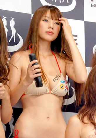 男性用化粧品ブランド『アックス ボディソープ』の発売記念イベントに登場した松本さゆき (C)ORICON DD inc.