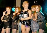日本デビューアルバム『SOUND-G』をリリース記念イベントを行ったBROWN EYED GIRLSとIKKO