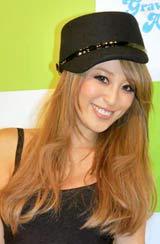日本初のギャル・タレント総合オークションサイト『GOODBUY.JP』の共同記者発表会に出席した山本優希