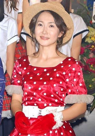 『AKB48 TeamOgi祭』最終公演前に報道陣の取材に応じた生稲晃子 (C)ORICON DD inc.