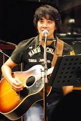 "FM TOKYO「KIRIN BEER ""Good Luck"" LIVE」で生歌を披露した山崎まさよし(c)oriconDD.inc"