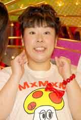 NHK情報番組『ドラクロワ』の会見に出席した森三中・村上知子