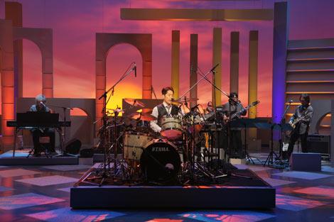 日本で初めての3D放送による音楽レギュラー番組『Panasonic 3D MUSIC STUDIO』にゲスト出演した稲垣潤一