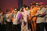 日本で初めての3D放送による音楽レギュラー番組『Panasonic 3D MUSIC STUDIO』でゲストの坂本冬美らが3D体験