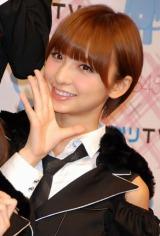 AKB48史上初となる野外ライブイベントの3D放送決定に関して『ひかりTV』の会見に出席したAKB48の篠田麻里子 (C)ORICON DD inc.