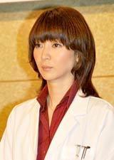 ドラマ『医龍 Team Medical Dragon 3』の制作発表会に出席した稲森いずみ (C)ORICON DD inc.