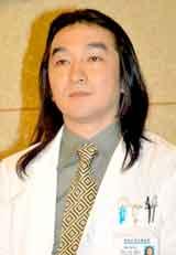 谷村美月ドラマ『医龍 Team Medical Dragon 3』の制作発表会に出席した池田鉄洋 (C)ORICON DD inc.