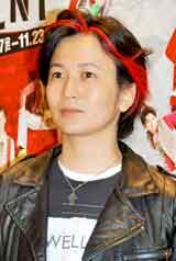 ミュージカル『RENT』の公開舞台稽古前にインタビューに応じたAnis