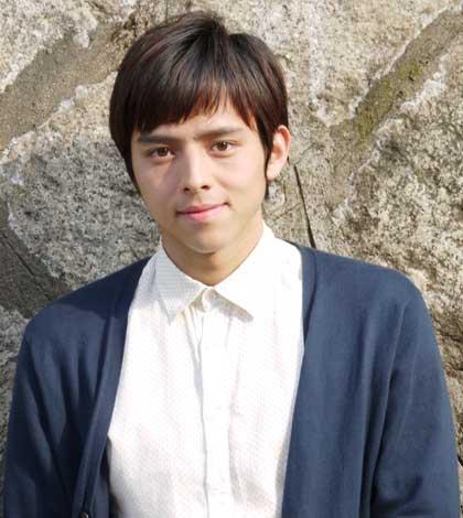 女優・満島ひかりの実弟で俳優デビューする満島真之介