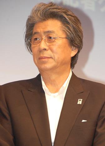 『万年筆ベストコーディネイト賞2010』を受賞した鳥越俊太郎 (C)ORICON DD inc.