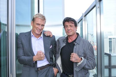 9月下旬の来日PRでインタビューに応じたシルベスター・スタローン(右)とドルフ・ラングレン