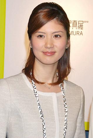 開催する『ZERO 写真展 2010』の記者会見に出席した鈴江奈々アナウンサー (C)ORICON DD inc.