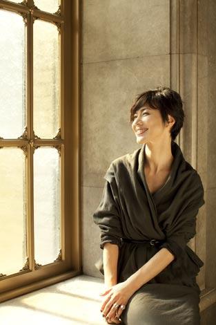 サムネイル ドキュメンタリー番組『宮崎に奏でる太陽のメロディー』でナレーションを務める今井美樹