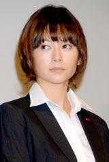 映画『SP 野望篇』の舞台あいさつに出席した真木よう子