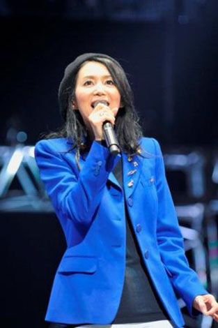 ワーナー40周年イベント「100年MUSIC FESTIVAL」に出演した竹内まりや