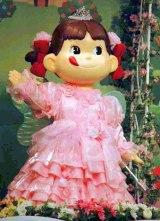 60年の歴史で初の歌って踊る『ペコちゃんロボット』をお披露目 (C)ORICON DD inc.