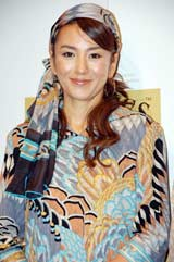 『トワイニング プレミアムティータイム』キャンペーン・オープニングイベントに出席した、カリスマ主婦モデルの冨田リカ (C)ORICON DD inc.