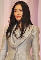 TBS開局60周年5夜連続特別企画『99年の愛〜JAPANESE AMERICANS〜』の主演を務めた仲間由紀恵