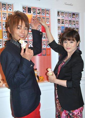 『バースデーまねきねこダックカフェ』のトークイベントに出席した(左から)杉浦太陽と前田愛 (C)ORICON DD inc.
