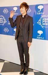 『スカパー!アワード2010』ブルーカーペットに登場したキム・ヒョンジュン
