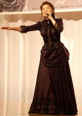 約4年半ぶりの復帰ミュージカル『アンナ・カレーニナ』の製作発表会見に役衣装で出席した一路真輝 (C)ORICON DD inc.
