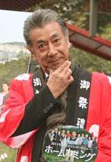 初主演映画『ホームカミング』のヒット祈願を行った高田純次