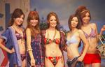 三愛水着2011ファッションショーも行われた(C)ORICON DD inc.