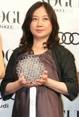 『VOGUE NIPPON Women of the Year 2010』授賞式に出席した西原理恵子 (C)ORICON DD inc.