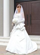ウエディングドレス姿を披露した皆藤愛子 (c)フジテレビジョン