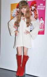 ママイベント『mama fes 2010』でトークショーを行った益若つばさ (C)ORICON DD inc.