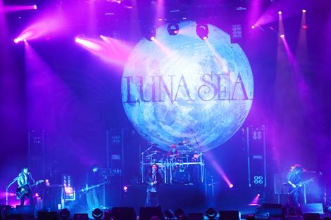 ドイツ・ボーフムで27日(日本時間28日未明)に復活第1弾公演を行ったLUNA SEA