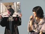劇中シーンのパネルを使って、キャストたちが撮影エピソードを語った。