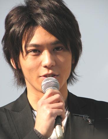 黒髪がかっこいい佐野和真