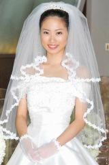 人生初のウエディングドレス姿を披露した17歳の志田未来 (C)ORICON DD inc.