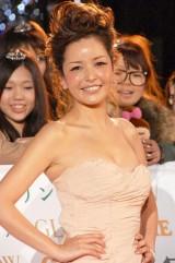 『日本ファッションリーダーアワード2010』授賞式に出席した梨花 (C)ORICON DD inc.