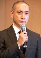涙目で一連の騒動について謝罪した市川海老蔵 (C)ORICON DD inc.