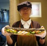 長さ45cmのサンドイッチ『パーティーロングサンドウィッチ』